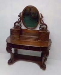 Victorian Mahogany Dressing Table €895