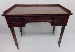 William IV Mahogany Desk/Dressing Table €895