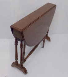Victorian Mahogany Yacht Table €595