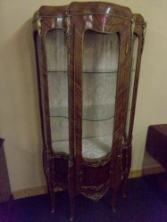French Kingwood Brass Mounted Display Cabinet €1150