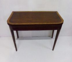 Georgian Inlaid Mahogany Tea Table €795